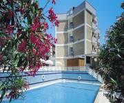 hotel_antares_piscina