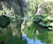 parco_naturale_giardino_di_ninfa_specchidacqua