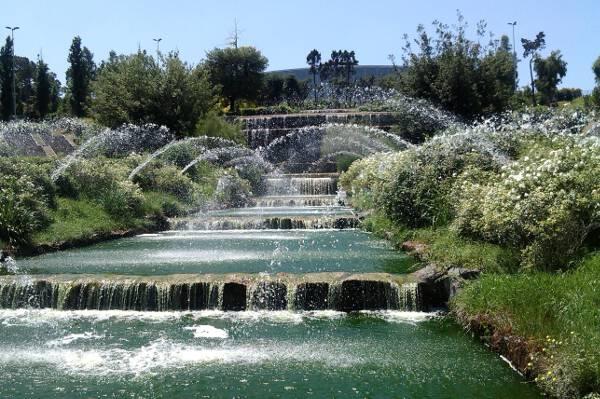 Parco centrale del lago dell 39 eur a roma sud il parco per for Piccole cascate da giardino