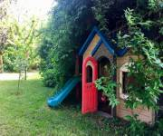 casa-di-scorta-giochi-giardino