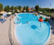 residence_villaggio_camping_numana_blu_piscina