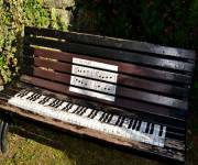 museo_degli_strumenti_musicali_panchina_pianoforte
