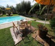 agriturismo_le_more_e_i_gelsomini_piscina