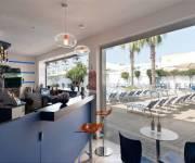 residence_costa_del_salento_village_bar_piscina