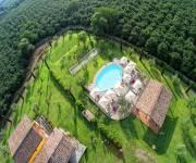 agriturismo_bb_la_valle_di_vico_veduta_piscina