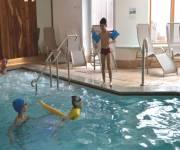 hotel_ambiez_bimbi_piscina