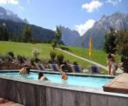 hotel_rainer_vasca_estate